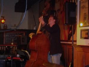 Bassist George van Dijl